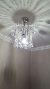 Хрустальная люстра Каскад №1 Шар 40 (Гусь-Хрустальный) в интерьере квартиры