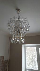 Хрустальная люстра Каскад Шар 40 мм (Гусь-Хрустальный) в интерьере квартиры