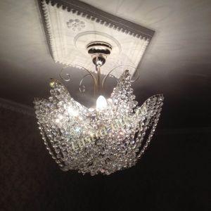 Хрустальная люстра Орхидея №3 с подвесом Гусь-Хрустальный в интерьере квартиры