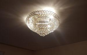 Хрустальная люстра Кольцо пирамида шар 30 мм (Гусь-Хрустальный) в интерьере квартиры