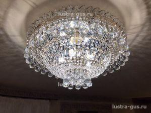Хрустальная люстра Каскад Водопад шар (Гусь-Хрустальный) в интерьере квартиры
